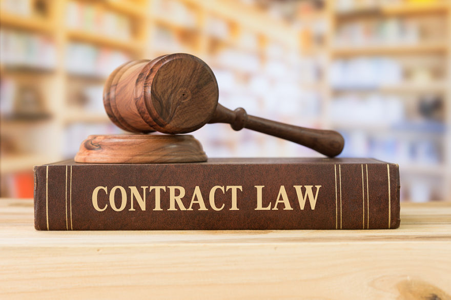 How to Use a Forum Selection Clause in Contract Law